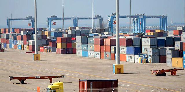 איגוד לשכות המסחר שוקל עתירה בשל העיכובים בשחרור מזון בנמל אשדוד