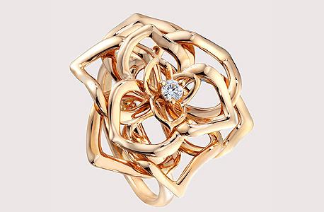 טבעת מבית פיאז'ה