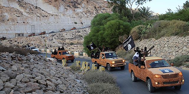כך השתלט דאעש על עשרות מיליונים בלוב - והפך אותה לבסיס הברחות