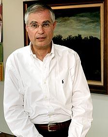 """ארי קלמן מנכ""""ל מנורה מבטחים, צילום: צביקה טישלר"""