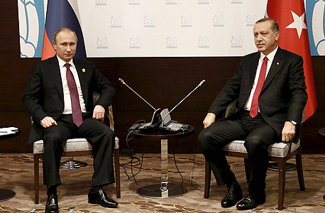 מימין נשיא טורקיה רג'יפ טאיפ ארדואן ונשיא רוסיה ולדימיר פוטין, צילום: רויטרס