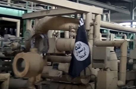 נפט. עלפי הערכות דאעש מרוויחה 50 מיליון דולר ממסחר בנפט בחודש