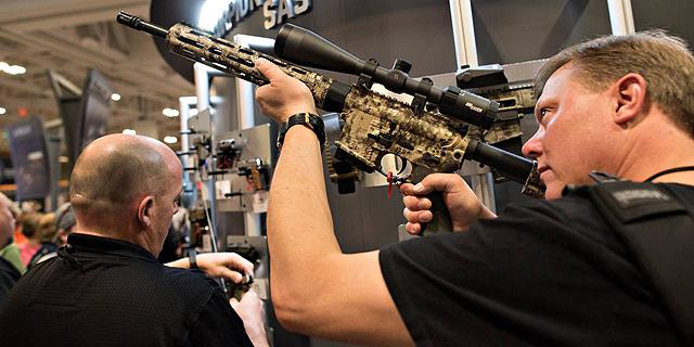 אירוע של ה-NRA, לובי הרובים האמריקאי, צילום: בלומברג