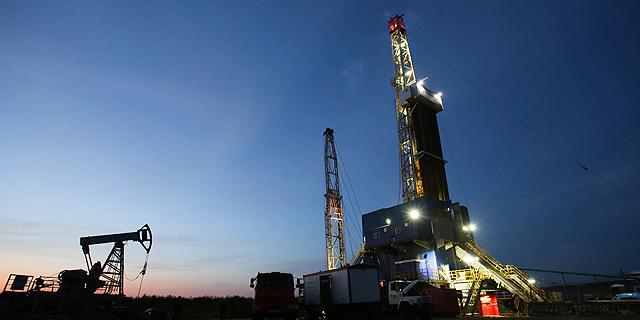 קידוח נפט , צילום: בלומברג