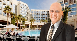 דוד פתאל מנכל רשת מלונות פתאל מלון מג'יק פאלאס אילת, צילום: גלעד קוולרציק