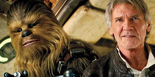 """""""מלחמת הכוכבים: הכוח מתעורר"""" הפך לסרט המצליח ביותר בכל הזמנים בארה""""ב"""