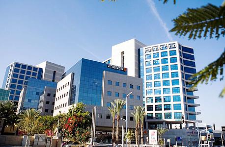 """אזור ההיי טק בהרצליה פיתוח. על פי דו""""ח של מרכז טאוב  ישראל חווה את בריחת המוחות הגדולה ביותר של אקדמאים לארה""""ב בעשור האחרון, צילום: תומי הרפז"""
