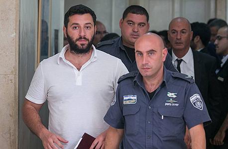 שאלון נלקח למעצר ביולי האחרון. הציג הסכם שכר טרחה, צילום: אוהד צויגנברג