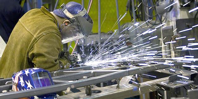 פיריון העבודה בתעשייה ירד ב-2.9% ברבעון הראשון