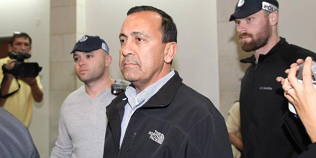 ראש מועצת מטה יהודה לשעבר משה דדון ואחיו מואשמים בעבירות שוחד