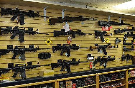 """חנות לכלי נשק בטקסס, ארה""""ב"""