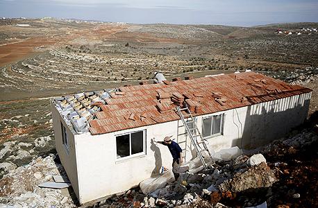 ההתנחלות אחיה, צילום: רויטרס