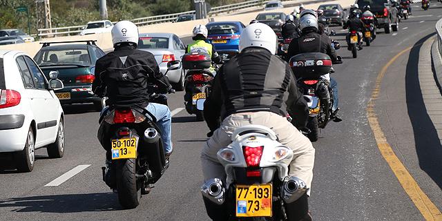 """סמוטריץ': נבחן מחדש האיסור על רכיבת אופנועים בנת""""צים החדשים"""