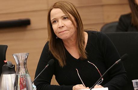 """ח""""כ שלי יחימוביץ' דיון ועדת כלכלה על מתווה הגז, צילום: אלכס קולומויסקי"""