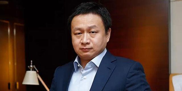 מיליארדר סיני קונה את גריינדר - אפליקציית ההיכרויות להומואים הגדולה בעולם