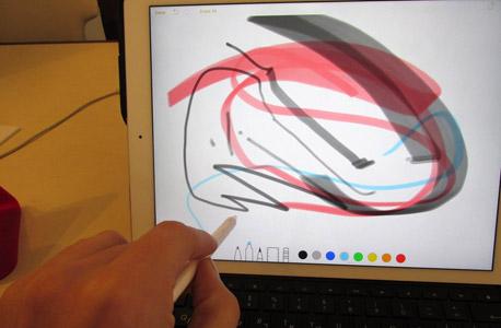 אייפד ipad פרו אפל סקירה 2, צילום: עומר כביר