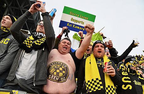 """אוהדים בארה""""ב. בזכות קהל ממוצע של 21,536 צופים, העונה ה-20 של ה-MLS שברה את שיא הנוכחות הקודם שלה מעונת 2014, צילום: איי אף פי"""