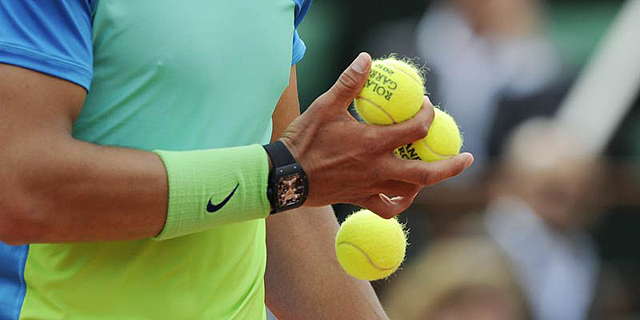 איך יכולים להטות משחק טניס