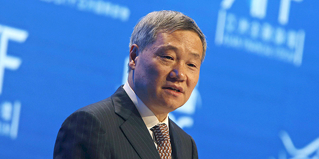 """בעקבות הסערה בשווקים: ראש רשות ני""""ע הסינית הודח מתפקידו"""
