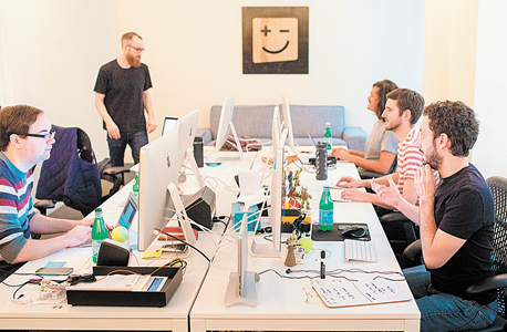 משרדי דיג'יט בסן פרנסיסקו. בשנה הראשונה חסכו 85 אלף הלקוחות 50 מיליון דולר