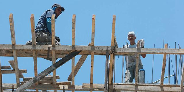 הממשלה מנסה לתגבר את ענף הבנייה: 2,000 ישראלים, עד 15 אלף עובדים זרים