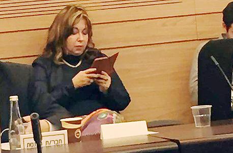 רבקה פאלוך בוועדת הכספים, צילום: רוני זינגר