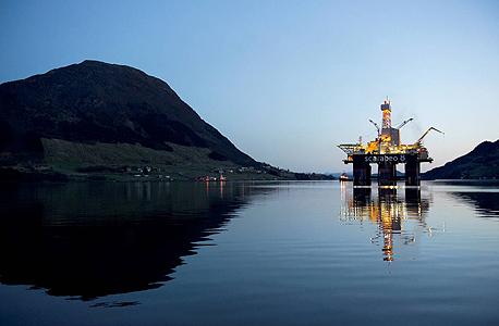 אסדת נפט באולנסוואג, נורבגיה. יצואנית הנפט השביעית בגודלה