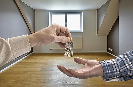 כאשר לילדים יש דירה נוספת, אין כל יתרון בהענקת דירות מתנה לצורך מכירתן לאחר מכן.