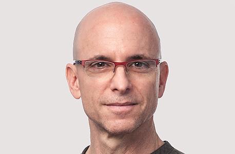 עופר קאהן. מונה לעמית אינטל בקבוצת הנדסת פלטפורמות והארכיטקט הראשי של מעבדי מערכות