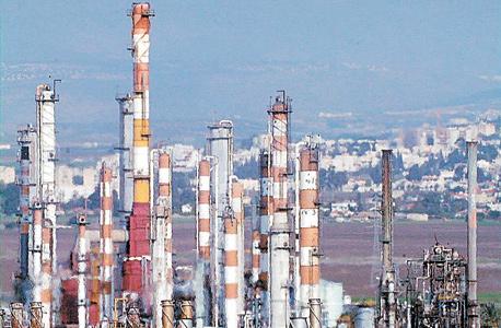 המפעלים הפטרוכימיים בחיפה
