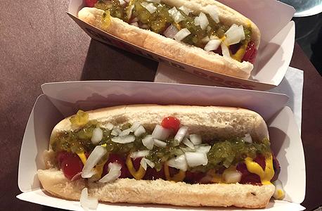 נקניקיות ברגר קינג הוט דוג hot dog, צילום: איי פי