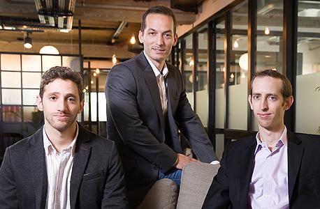 מימין: דורון כהן, בועז זיונץ וגונן טיברג. מייסדי קוברסי