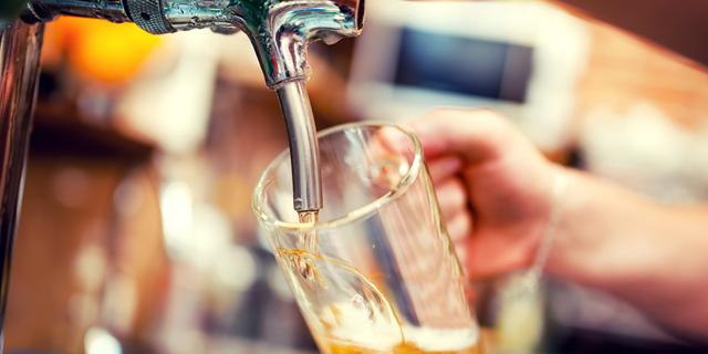 סוללה שמחה: חוקרים רוצים לנצל שאריות מתהליך הפקת בירה לייצור סוללות ליתיום