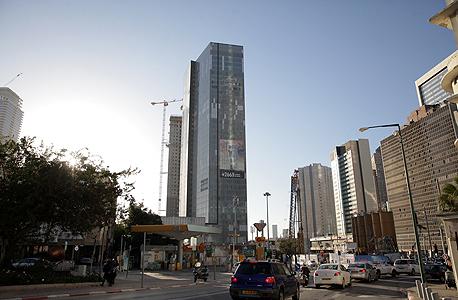 מגדל המשרדים אמות אטריום בסמוך לצומת עלית ברמת גן, צילום: אוראל כהן