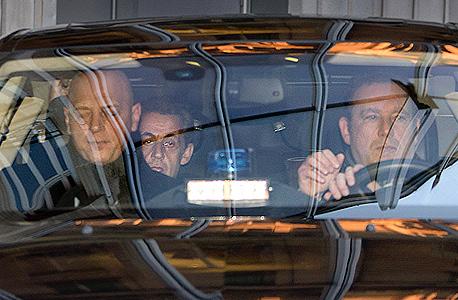 ניקולא סרקוזי בדרך לשימוע, צילום: איי אף פי