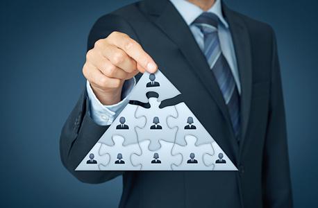 מנכ ל קריירה קידום ניהול השמה פירמידה, צילום: שאטרסטוק