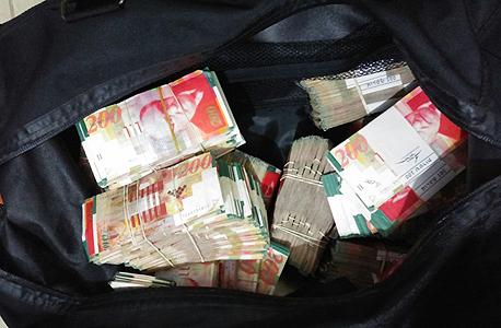 רשות המסים והמשטרה חשפו רשת לגניבת וזיוף טבק בהיקפים של עשרות מיליוני שקלים 1, צילום: יחידת הדוברות של רשות המסים