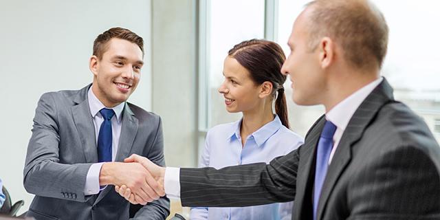 """לא רק שכר: במו""""מ הבא שלכם בעבודה, אלה הדברים שחשוב לבקש"""