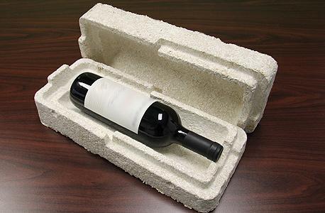אריזת פטריות  בקבוק יין איקאה evocative, צילום: Ecovative