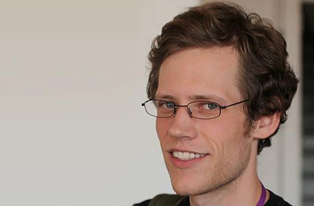 כריס פול chris poole מייסד פורצ'אן 4chan אחראי מדיה חברתית גוגל