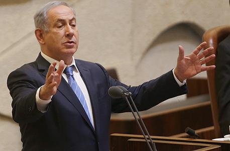 בנימין נתניהו ראש הממשלה נואם ב מליאת הכנסת, צילום: אלכס קולומויסקי