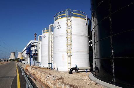 מפעל בזן מתקן טיהור מים חדש ב מפעל בתי זיקוק נפט, צילום: דורון גולן