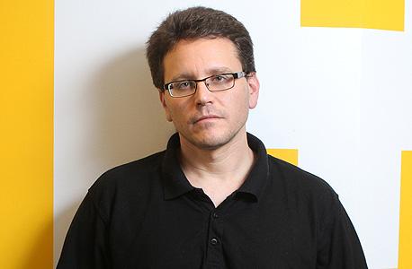 """אלעד פלג, מפיק: """"חברות הפצה לא הפיצו את"""
