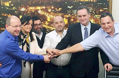 חתימת הסכם בין משרד התחבורה ל נמל אשדוד וה הסתדרות