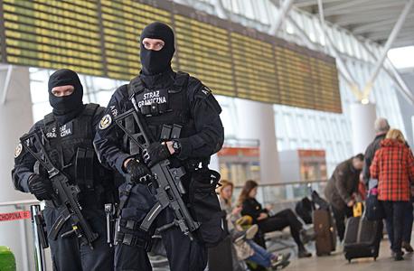 תגבור אבטחה בשדות התעופה, צילום: אי פי איי