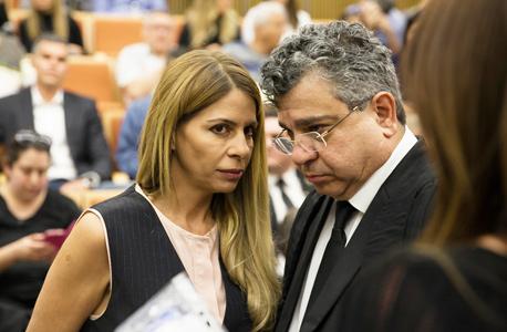 """ענבל אור ו עו""""ד רון אברמוב בית משפט , צילום: אוראל כהן"""