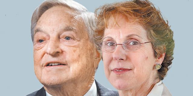 """אדמתי (מימין) וסורוס. """"לבנקים דרושה הלימות הון של 20%, להבדיל מה־5% שאנחנו מרשים היום"""", צילום: נמרוד גליקמן ובלומברג"""