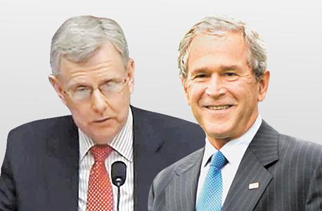 """נשיא ארה""""ב לשעבר ג'ורג' בוש ובוחן הנשק הראשי במשרד ההגנה ד""""ר מייקל גילמור. המטוסים שיגיעו לישראל לא יהיו בעלי יכולת צבאית מלאה"""