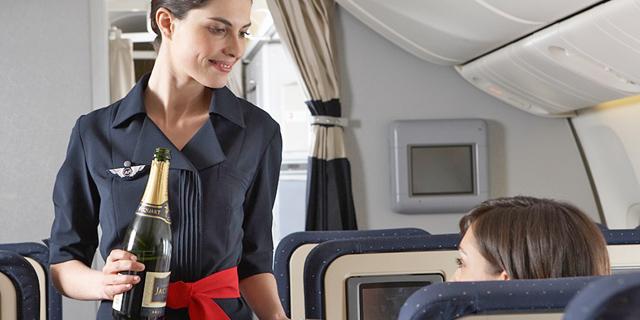 דיילת, צילום: Air France