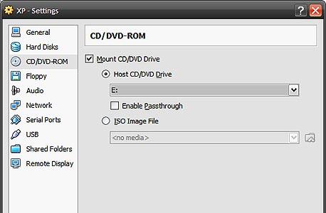 חיבור תקליטור ההתקנה של מערכת ההפעלה